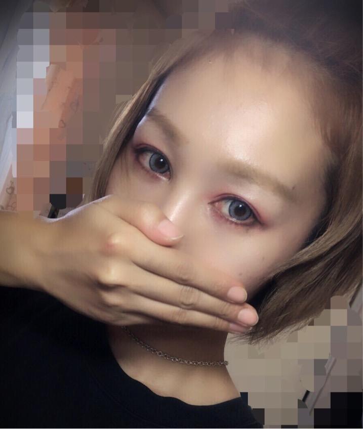 loveil(ラヴェール)イノセントアッシュのカラコン装着画像/別パターン②